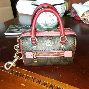 Coach signature brown & rose pink 'C' coin keychai